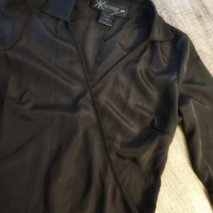 Black criss cross Kardashian top sz med